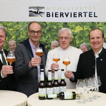 Pressekonferenz Bierviertel Bio Cuvee 2 Kopie