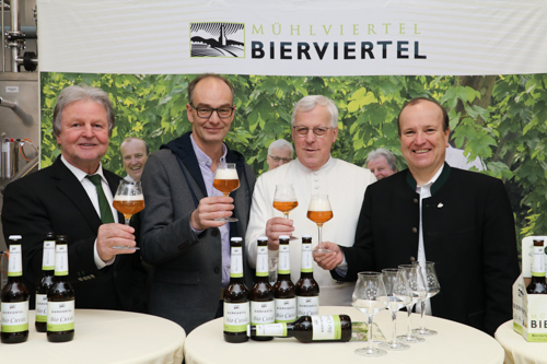 pressekonferenz_bierviertel_bio-cuvee-3-small-2
